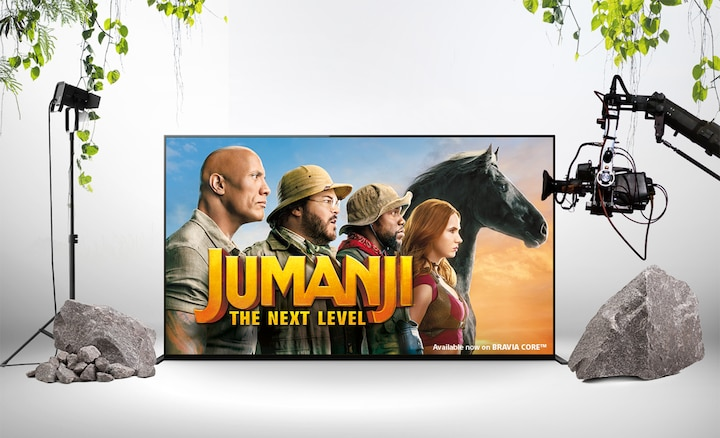 Jumanji: The Next Level-plakat på en BRAVIA-skjerm
