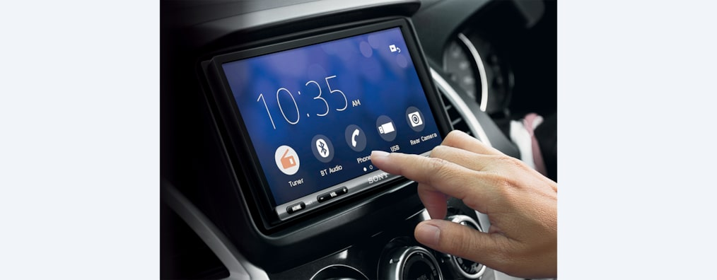 Bilder av 17,6 cm (6,95-tommers) Apple CarPlay/Android Auto™ DAB-mottaker
